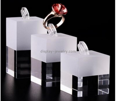Factory direct sale acrylic stand display acrylic display cubes single ring display RDJ-023