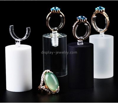 Factory cheap wholesale jewelry acrylic display rings lucite stands for display RDJ-051