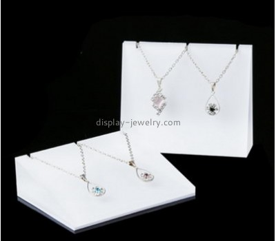 Custom acrilic display retail jewelry display necklace display stands wholesale NDJ-071