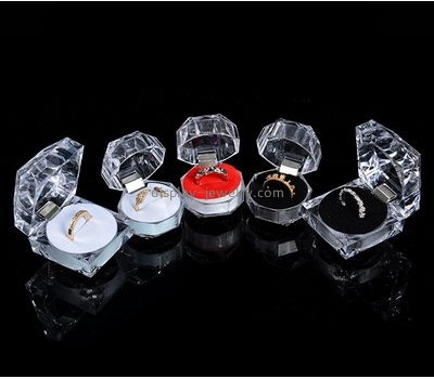 Acrylic display manufacturers customize and wholesale jewelry ring displays and boxes RDJ-118