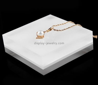 Jewelry display manufacturers customized plastic acrylic block necklace holder NDJ-267