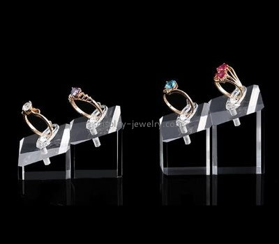 Jewelry display manufacturers customized clear acrylic blocks for ring display RDJ-136