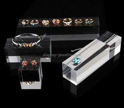 Acrylic display stand manufacturers customized acrylic mounting block ring display RDJ-234