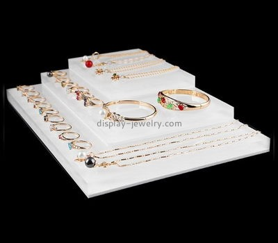 Plexiglass manufacturer customized best acrylic jewelry displays ODJ-056