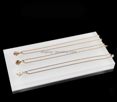 Customize white necklace holder for long necklaces NDJ-562